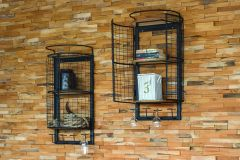 Irvin Vintage Wall Rack with 2 doors sfeer